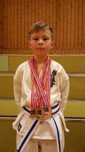 Martin under Kohai Cup fin plassering i kata og kumite
